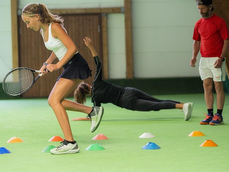 Leistungstennis bei Tennis Raschke - erster High Performance Lehrgang nach Corona